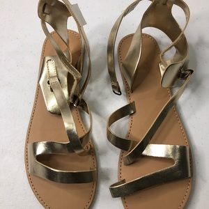 Gold sandals 👡
